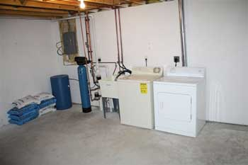 townhouse apartment for rent in Madison WI - washer and drier