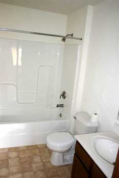 Apartment for rent - bathroom